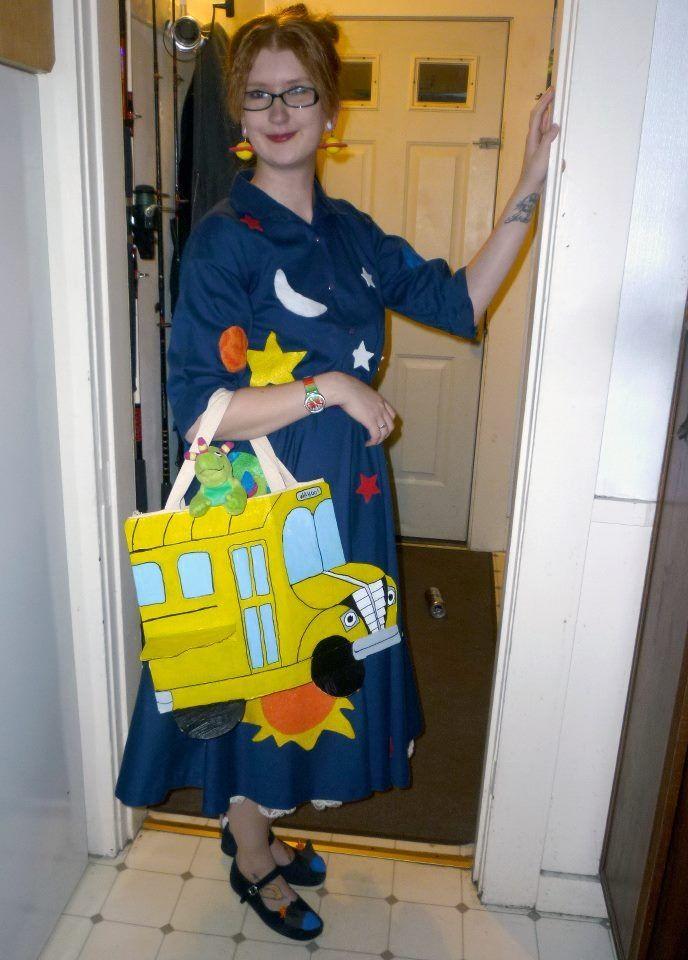 Miss Frizzle DIY Halloween Costume Idea