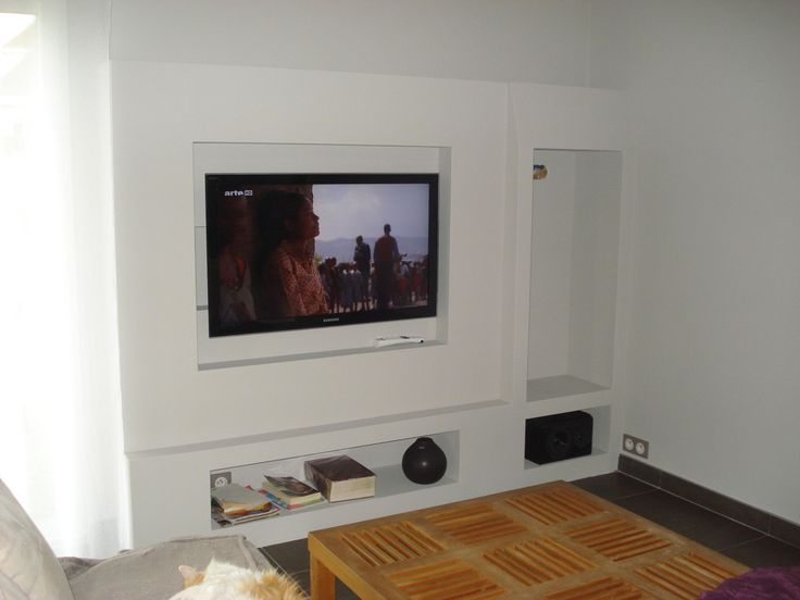 Meuble tv en placo placo pinterest tvs for Decoration salon avec ba13