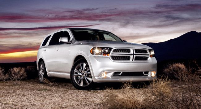 The 2014 Durango doesn't skimp on its exterior design