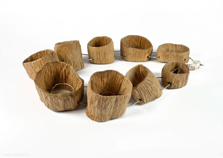 Antje Bräuer - Hohle Bäume (Hollow trees), necklace, 2012, oak wood, silver - 260 x 200 x 50 mm, € 2025