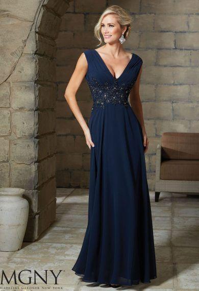 Szykowna, wieczorowa suknia Mori Lee z dekoltem V