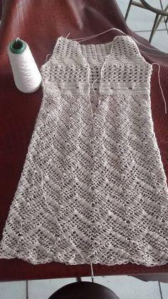 Aceito encomenda. Seguidores do meu blog ganha desconto. Para seguir basta ter e-mail.    # handmade  # dresscrochet  # crochet...