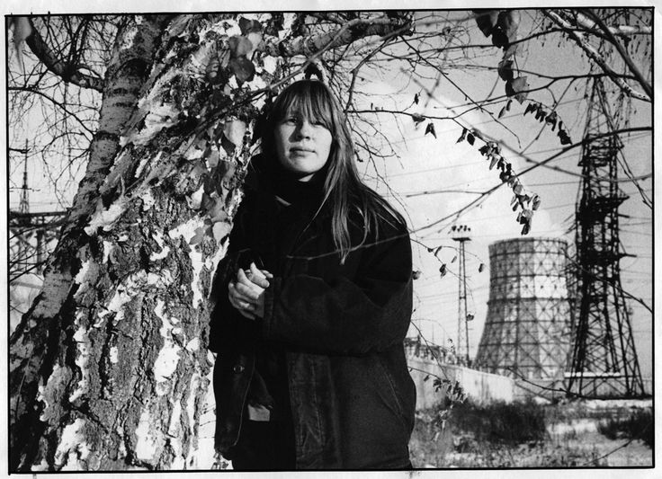 Янка Дягилева. Фотосессия А.Кудрявцева. Омск, декабрь 1988
