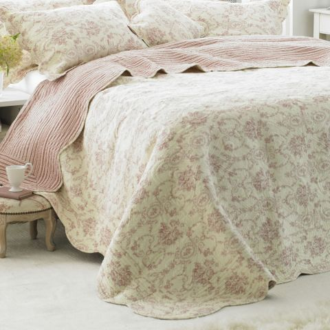 Paoletti Etoille Bedspread in Rose – Next Day Delivery Paoletti Etoille Bedspread in Rose from WorldStores: Everything For The Home