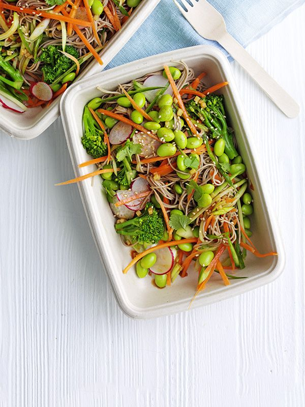 These veggie soba noodle pots are a great lunch box idea. Ready in just 20 minutes, under 500 calories and packed full of flavour.