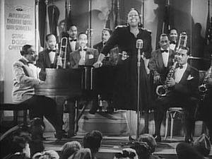 Big Band Count Basie y su Big Band, con la cantante Ethel Waters, (1943).