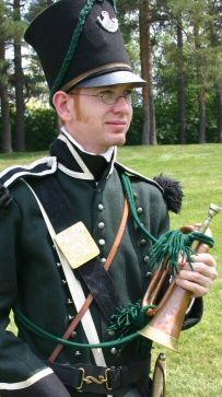 Bugler Kit- Glengarry Light Infantry Fencible Regiment- Raised in Upper Canada from January 1812.  Main engagements: detachments at Salmon River, Ogdensburg, York, Fort George, Sackets Harbor, Beaver Dams, Oswego, Lundy's Lane, Fort Erie, Mackinac. Disbanded at KIngston on 24 June 1816.