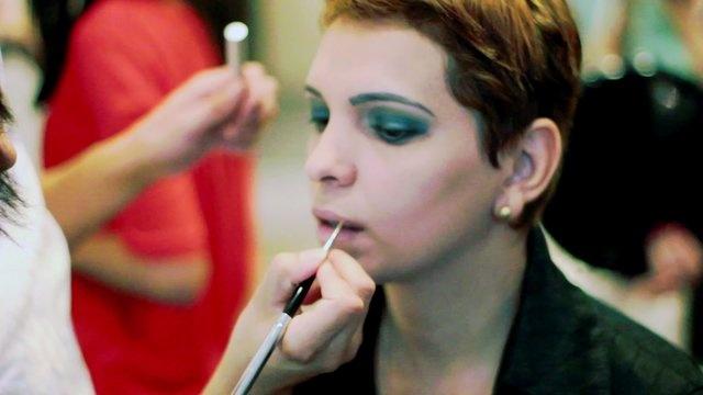 Ditt vakre indre fortjener et vakre ytre!  Styling og andre forberedelser på Bjuti hårstudio.  http://bjuti.no    dette er en video jeg har laget for Bjuti hårstudio.