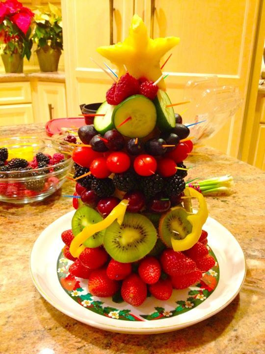 1000 id es sur le th me fruits en sapin de no l sur pinterest fruit f tes de no l et f tes de - Decorer un plateau de fromage ...