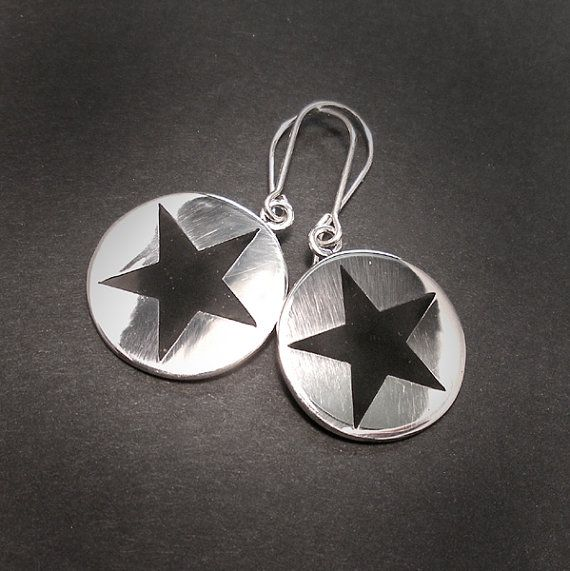 BLACK STAR SILVER Round Dangle Earrings