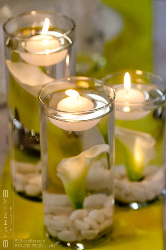 table centerpieces - calla lillies with candles