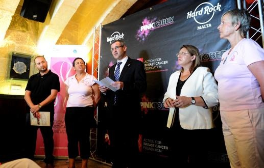 Transport agreement for Gozitan breast cancer patients in the works | di-ve - content matters