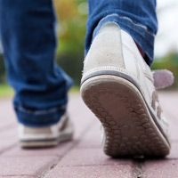 Walking often becomes a challenge as multiple sclerosis progresses. Learn how to overcome MS walking problems, including when to consider MS assistive devices.
