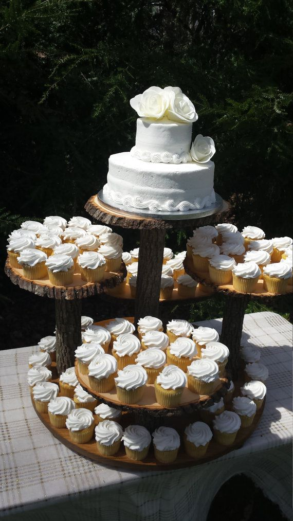 wedding cake display stands 1000 ideas about rustic cupcake stands on 8632