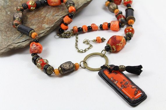 Long Oriental Necklace with polymer clay pendant par MesOdalisques