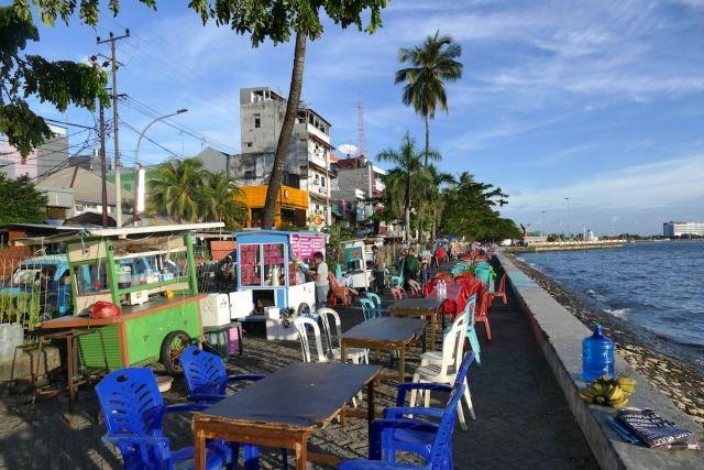 Makassar, Losari Beach, kurz vor dem Ansturm