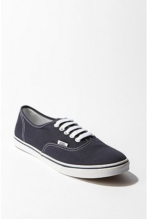 Vans Lo Pro Sneaker in Navy Pokerdot $30    My favorite casual day sneakers with skinny jeans