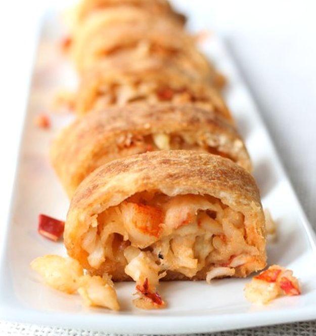 Lobster Stuffed Bread | 14 Best Homemade Lobster Recipes For Lobster Day http://homemaderecipes.com/14-lobster-recipes/