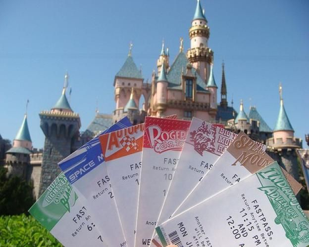 Getting around Disneyland can be a nightmare cinch, if you know what you're doing. It's all about planning the best route and taking advantage of the Fastpass. What is the Fastpass you ask? Well, the Disneyland Fastpass allows you to avoid, or at least partially avoid, long waits in the sun. You can snag your…