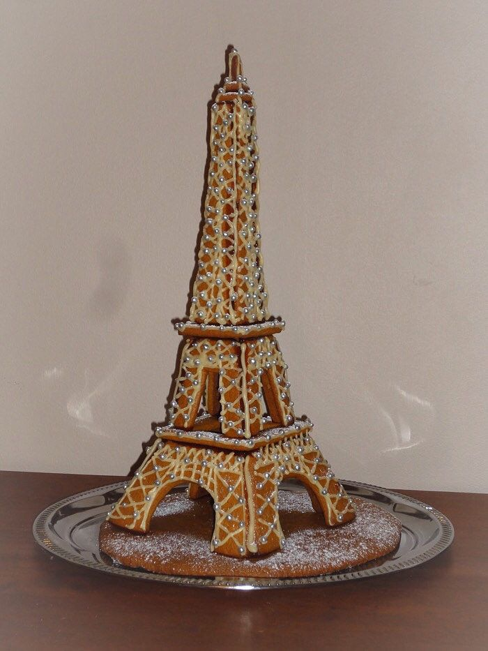 Piparkakku Eifffelin torni / Gingerbread Eiffel tower