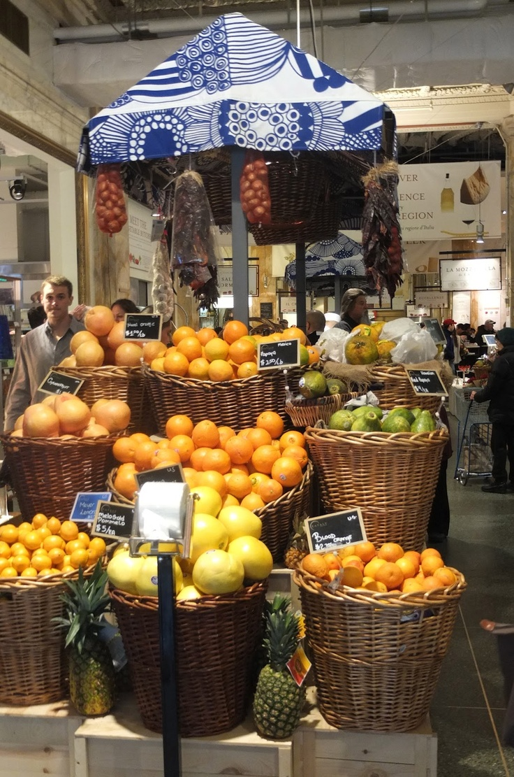 Italy market place