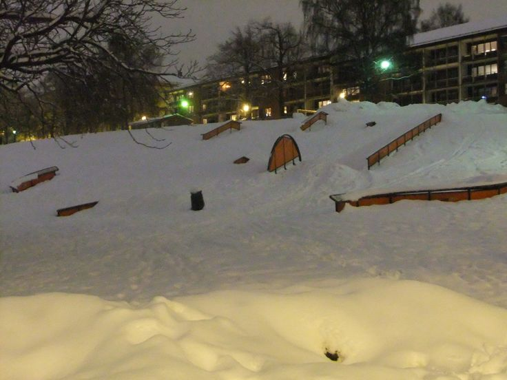 Backyard Terrain Park | Snowboard girl! | Pinterest ...