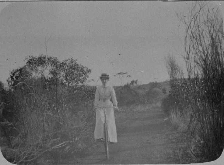 066701PD: Cycling between Coolgardie and Burbanks, ca 1896 http://encore.slwa.wa.gov.au/iii/encore/record/C__Rb2012136?lang=eng