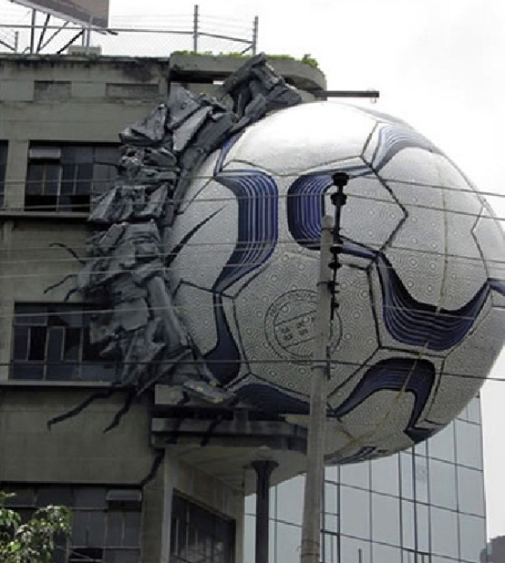 #outdoor #street #marketing #guerilla #ambient #billboard #creative #campaign #advertising #nike #football
