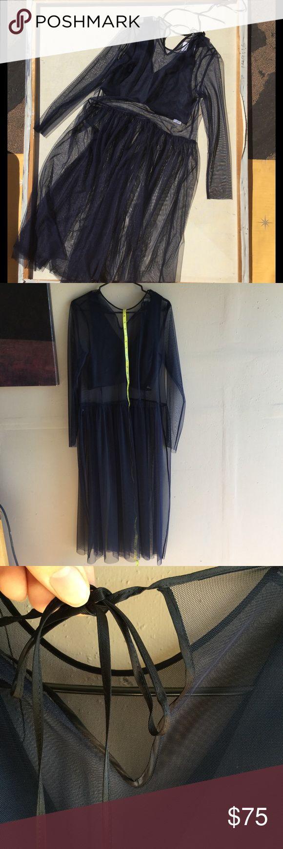 Zara Dress Size 2. This is so beautiful and lightweight Zara Dresses Long Sleeve