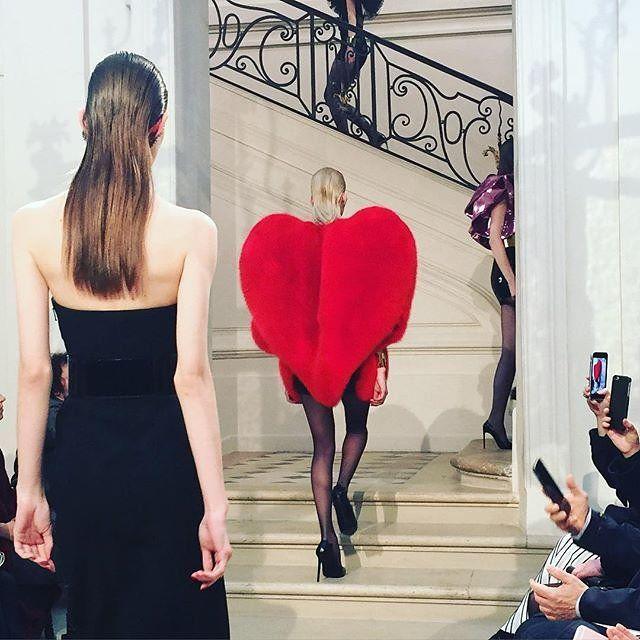 Saint Laurent Fall 2016 Couture Paris Fashion Week http://blog.mshopnyc.com/saint-laurent-fall-2016-couture-paris-fashion-week/