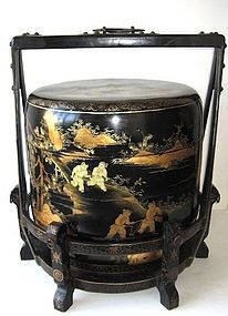 Antique Chinese lacquered wedding food containers (stackable): Black Chinoiserie, Chinoiserie Noire, Chinoiserie Japanisme, Www Realweddingday Com, Wedding Foods, Asian Chinoiserie, Food Container