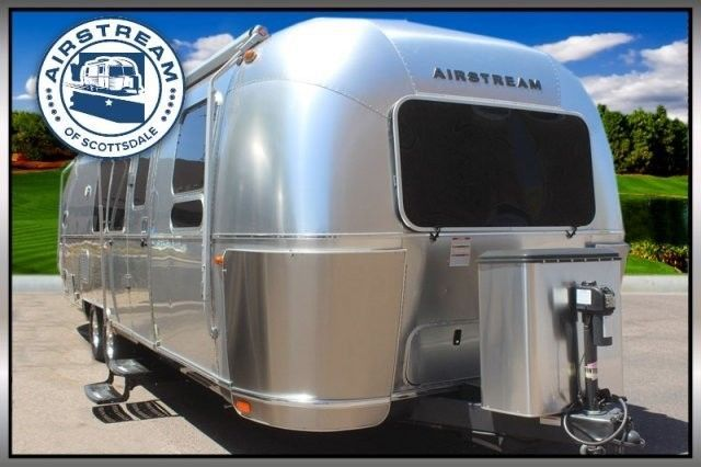 2016 Airstream Flying Cloud 30FB Bunk Travel Trailer | Van