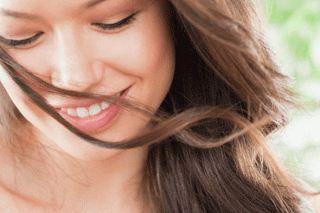 Domácí jablečno-sodová zálivka pro krásné vlasy   .
