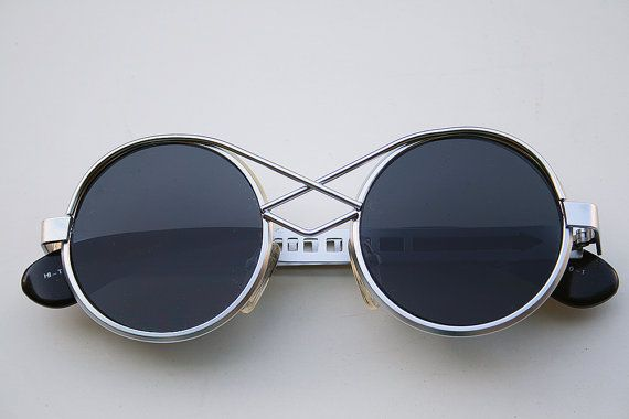 vinate round silver metal sunglasses Steampunk style Hi Tek unusual bridge