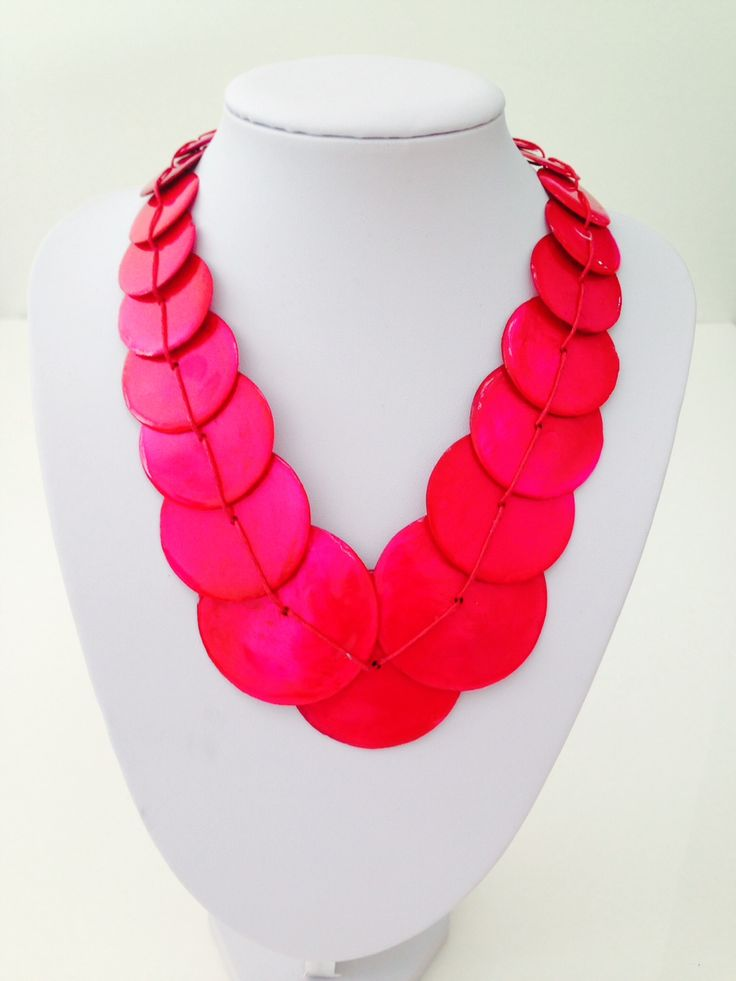 Beautiful pink shell necklace $10, go to www.melikeshoes.com.au (We always do free shipping)