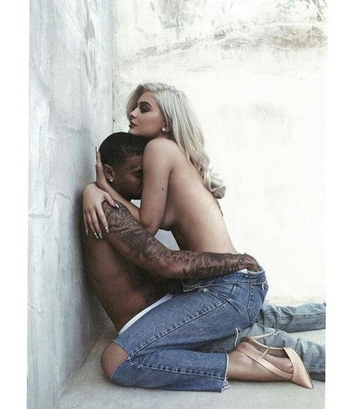"Imagen de tyga, kylie jenner, and couple / SO FUNNY~  MOTHER KRIS CALLS THIS ""ARTISTIC ART!"" AND THAT ""KYLIE WORRIES ABOUT THE MESSAGE SHE IS PUTTING OUT THERE TO YOUNG GIRLS!  SHE SHO DON'T LOOK TOO WORRIED NOW? DO SHE??"