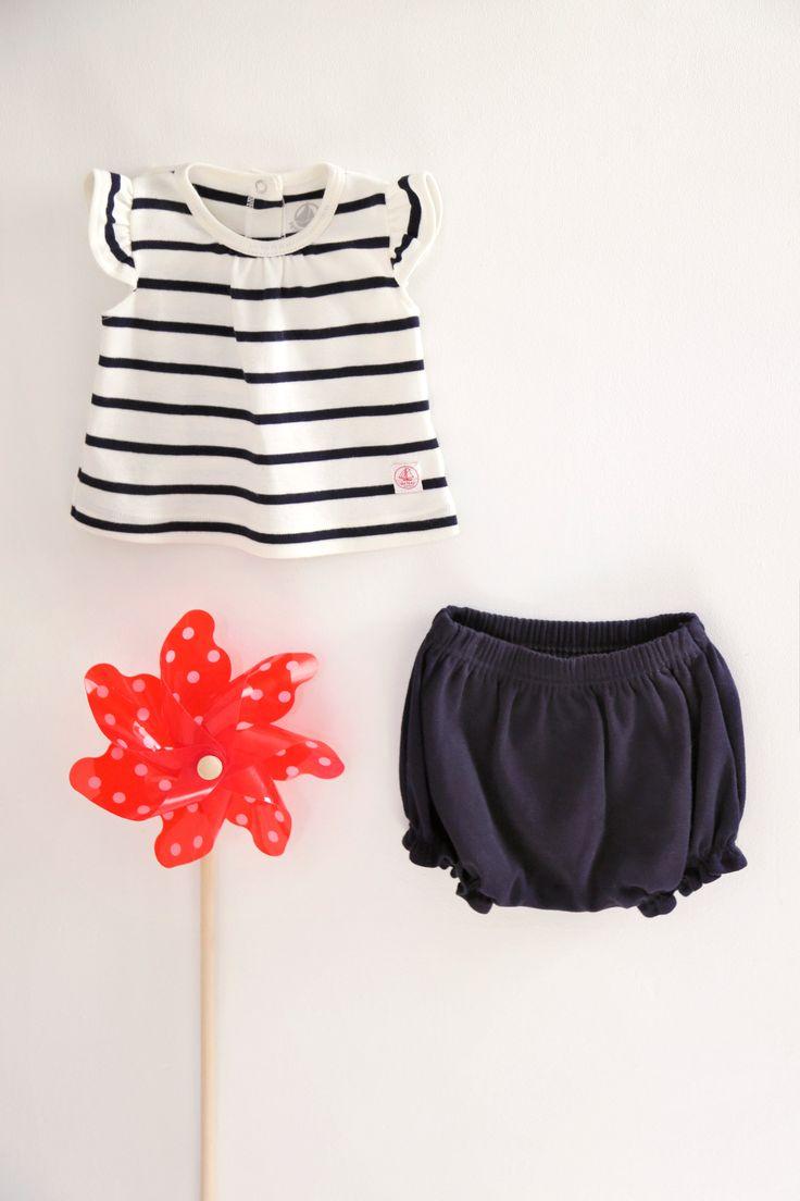 ensemble t-shirt + bloomer bébé par #petitbateau disponible sur frenchblossom.fr