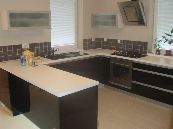 Kuchyňa čierny lesk - BMV Kuchyne