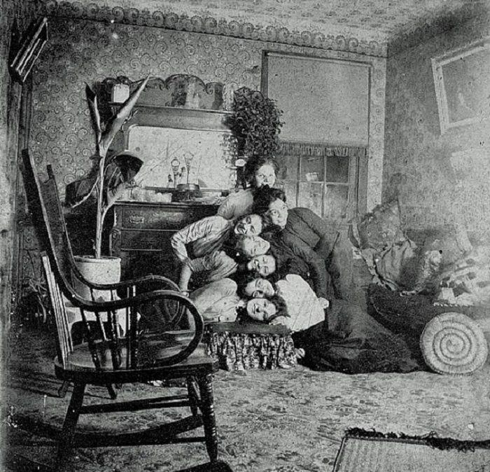 Awkward Family Photo, Victorian Edition