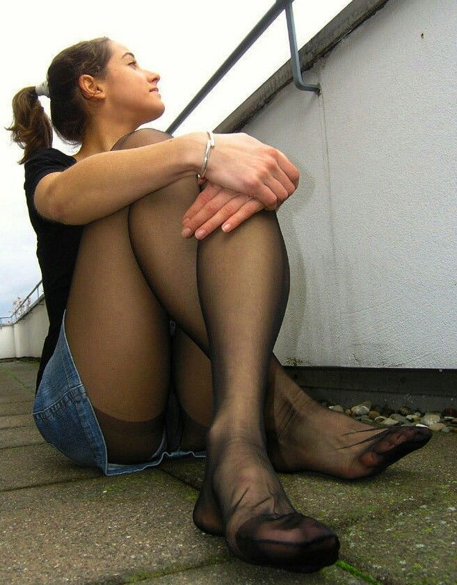 Nylon feet teen