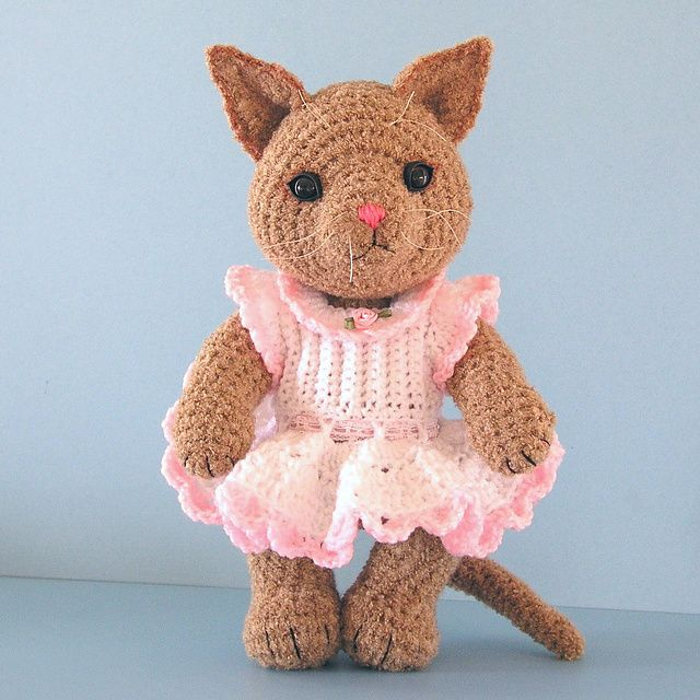 Ravelry Amigurumi Cat : Free Cat pattern by Sue Pendleton, a free Ravelry download ...