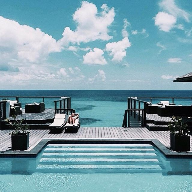 • FRIDAY • You will find me here • #honeymoondreaming #friday #friyay #honeymooninspiration    #Regram via @onedaybridal