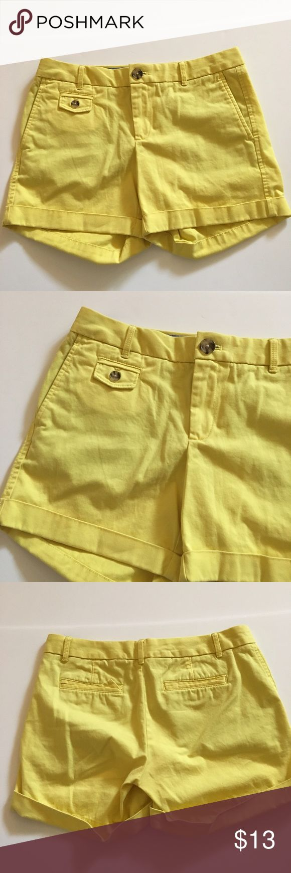 Banana Republic City Chino Yellow Shorts Size 2 Banana Republic City Chino Yellow Cuffed Shorts Size 2 Excellent condition! They are slightly more of a pale yellow than what the pictures show 98% cotton 2% spandex Waist: 15 1/2 inches Rise: 7 3/4 inches Inseam: 5 inches Banana Republic Shorts