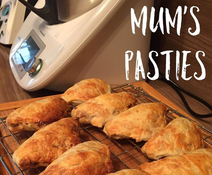 Recipe Mum's pasties by Thermonats - Recipe of category Baking - savoury