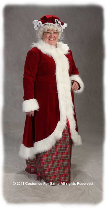 Traditional Mrs Claus Outfit