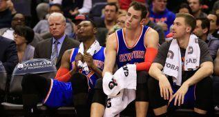 """Otra derrota más de los Knicks, para lograr su peor temporada de la histora. 5-35. Pésimo el """"Maestro Zen"""""""