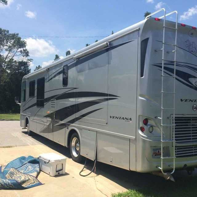 2006 Used Newmar Ventana 3936 Class A in South Carolina SC.Recreational Vehicle, rv, 2006 Newmar Ventana 3936, 39 foot Newmar Ventana lightly used. The camper has only been used for college football games. It has a Cat 330hp motor with around 33000 miles on it. It is in good condition with new AC units. $80,000.00 803-707-3340