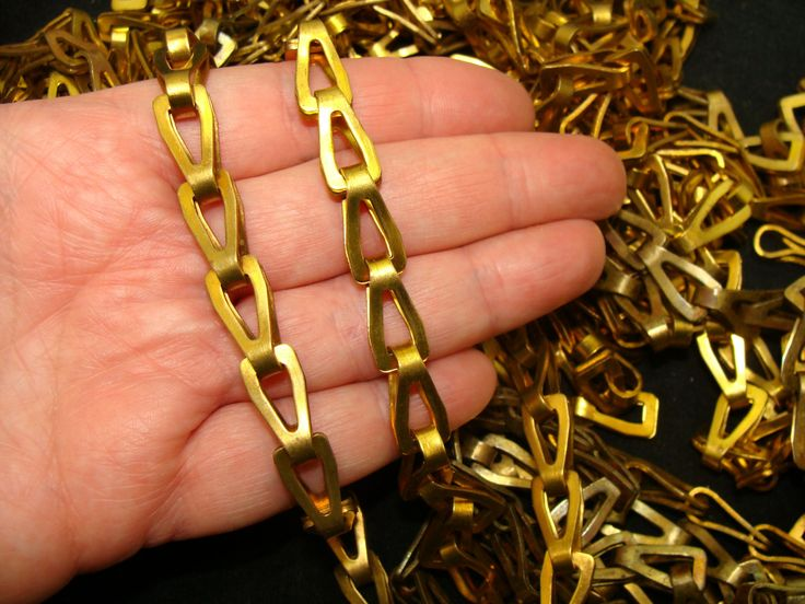 Large brass chain lot-Vintage brass chain bundle-Brass chain link-Basket chains-Industrial brass chain-Machine age chain-Fancy brass chain by BECKSRELICS on Etsy