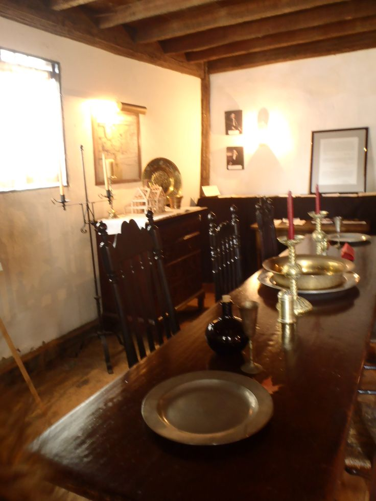an overview of the salem witchcraft trials in massachusetts in 1692 An overview of the salem witch museum from its founding in 1972 to the present   the museum has told the true story behind the salem witch trials of 1692 and.