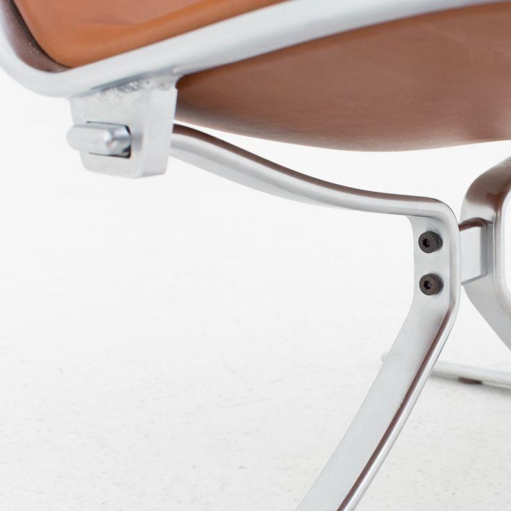 """FK 710 - """"Skater"""" lounge chair"""